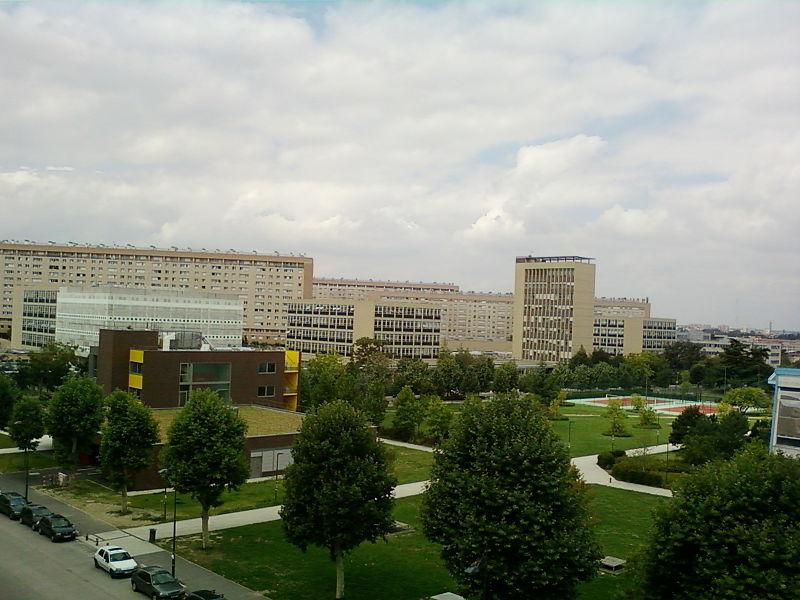Khung cảnh trường đại học Paris 10
