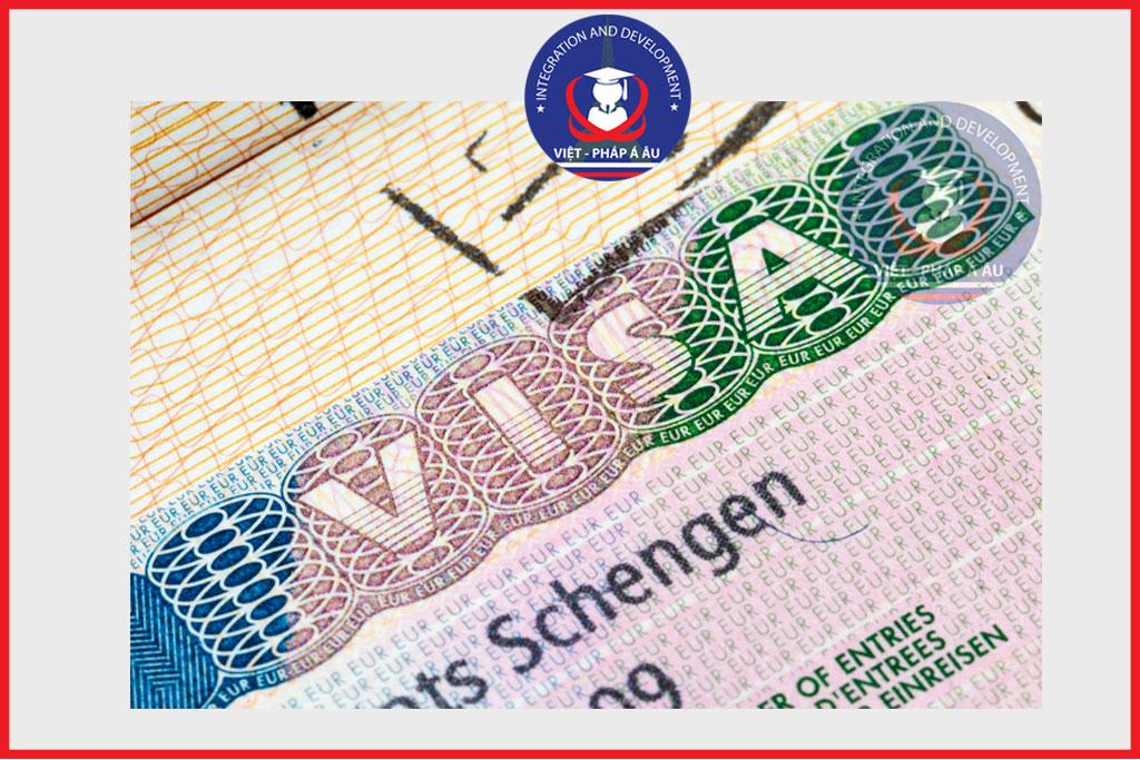 thủ tục cư trú cho visa VLS-TS