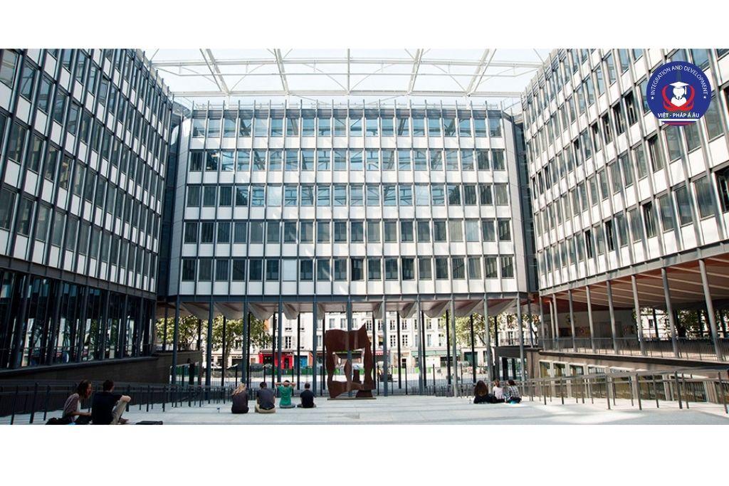 Top Đại học hàng đầu tại Pháp