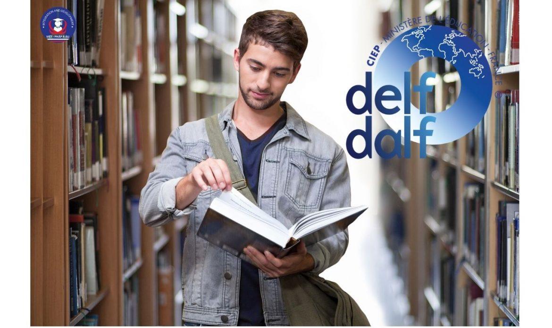 Sách luyện thi DELF B2
